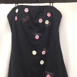 J S boutique simple elegant black dress